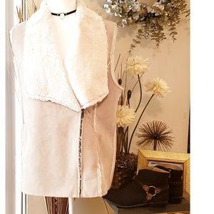 Beautiful Lucky Brand Faux Suede Fur Vest Medium